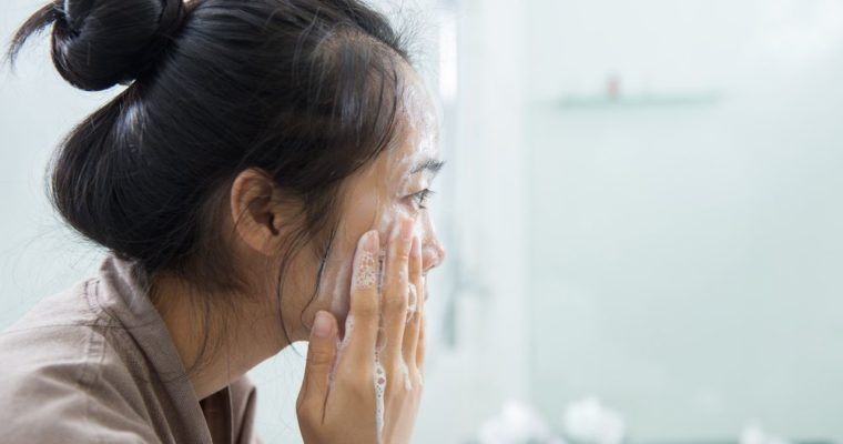 The Ultimate Face Wash Routine:Health Effects of Cocoage Cosmetics